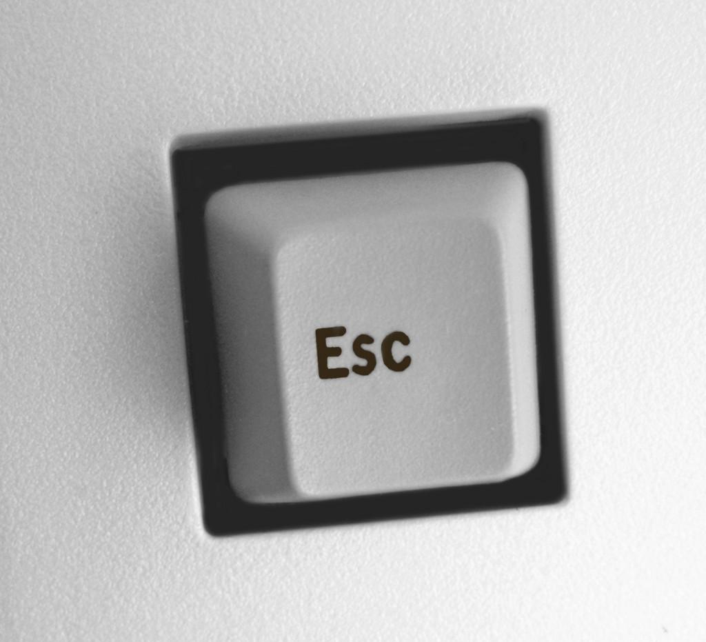 esc-key-1458243